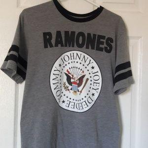 Johnny Ramones t-shirt Large UNISEX